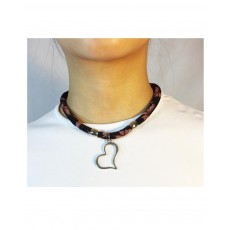 Printed tubular choker; with Silver Beads; with Heart Pendant. Adjustable Silver Closure.